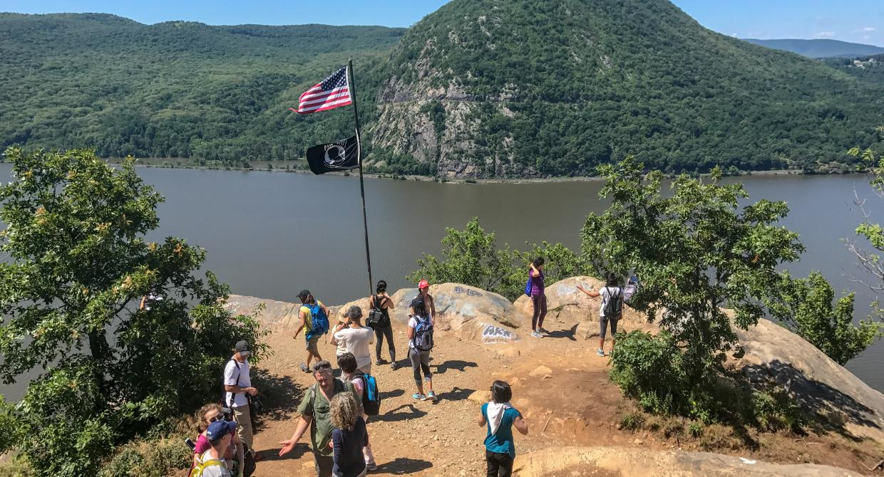 Hikers at the Flagpole on Breakneck Ridge. Phoot by Richard Zayas.